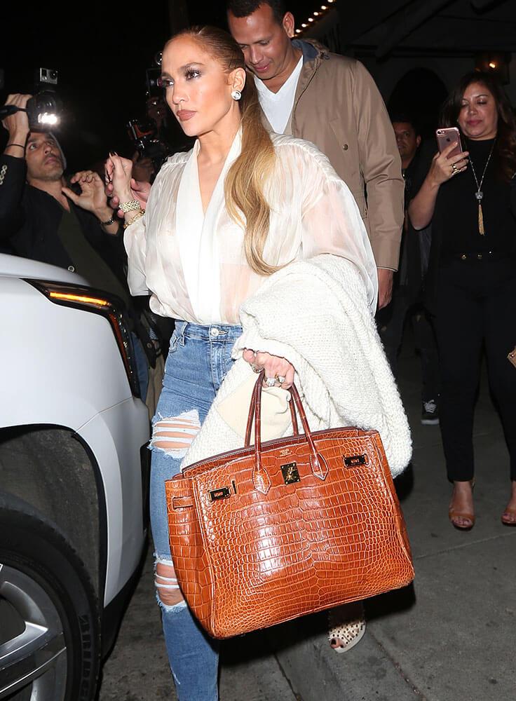 Jennifer Lopez Hermes Birkin - 10 Celebrities Who Wear Hermes Birkin Bags