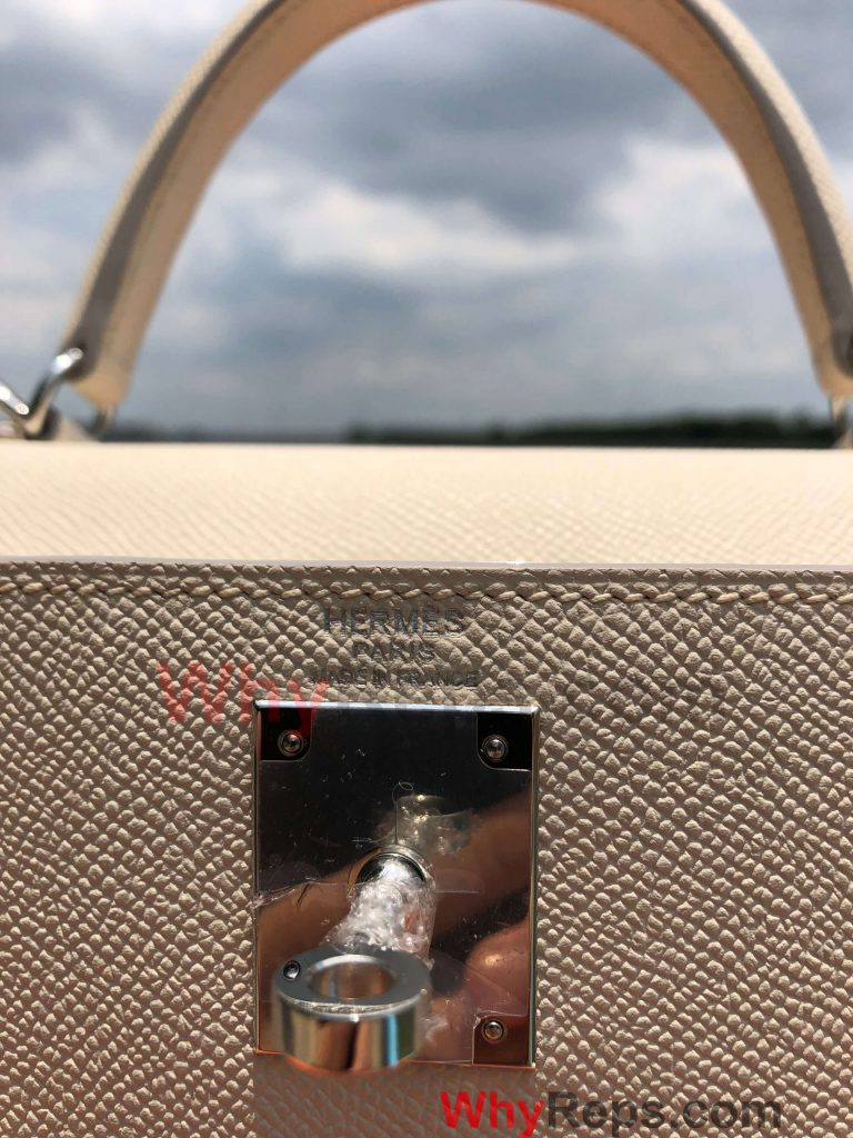 LOGO 2 768x1024 - Hermes Kelly 28 Bag Replica Review (Craie Epsom PHW)