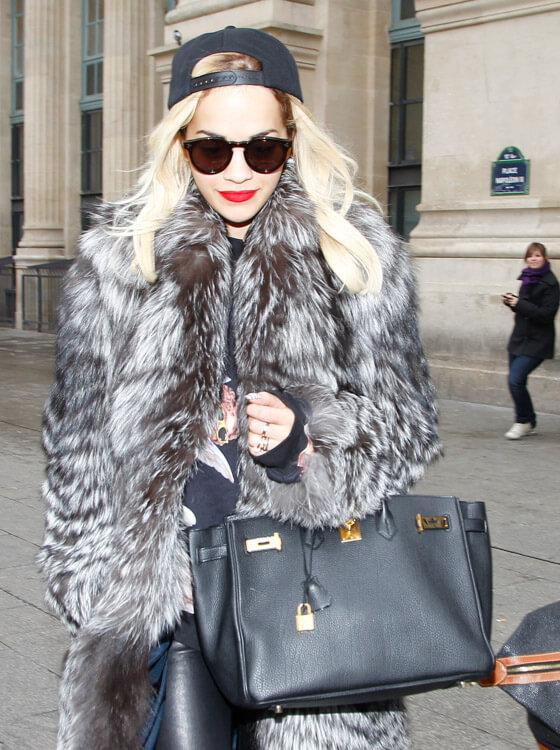 Rita Ora black Hermes Birkin bag 35 - 10 Celebrities Who Wear Hermes Birkin Bags